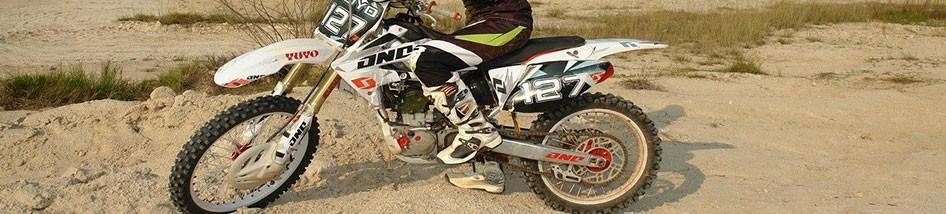 Bottes et chaussures moto femme élégance confort et sécurité