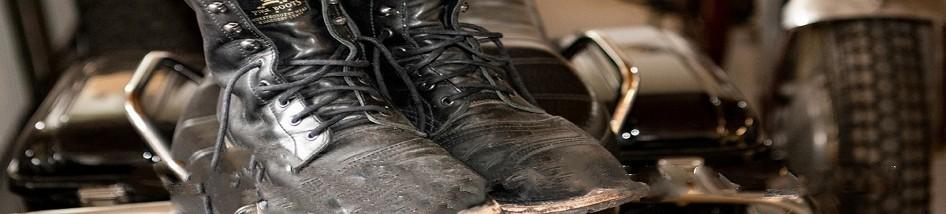 Bottes et chaussures moto vintage: élégance et authencité